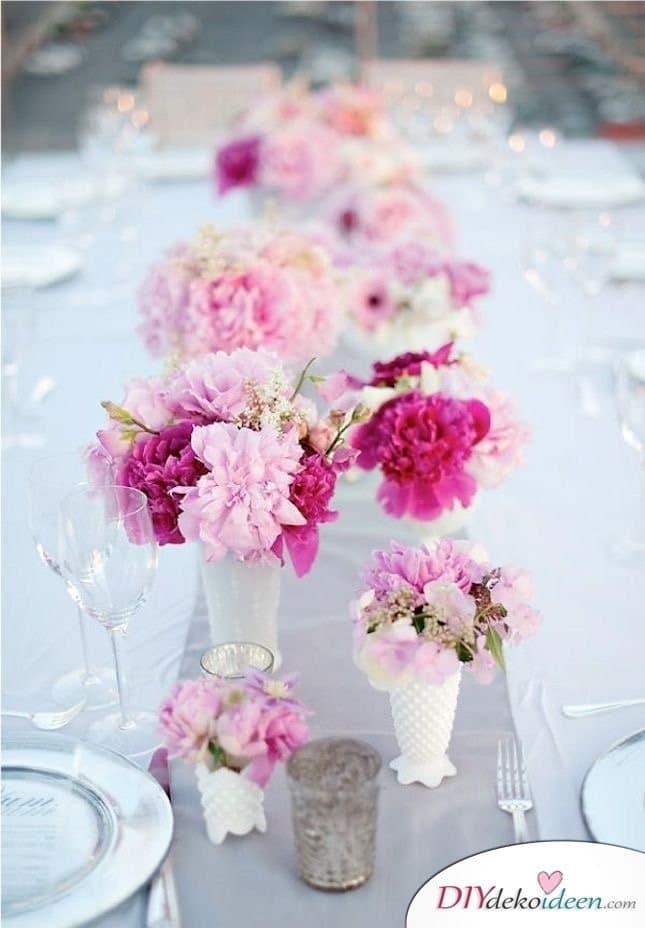 Sommertischdeko selber machen - Blumenschmuck
