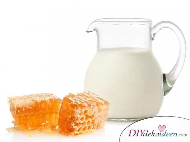 7 Hausmittel gegen Mitesser - Milch und Honig