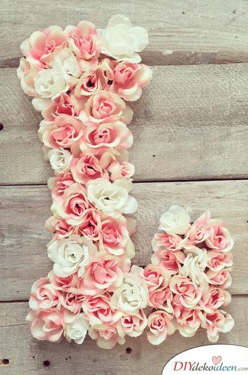 Günstige Geschenkideen - DIY Blumenmonogramm