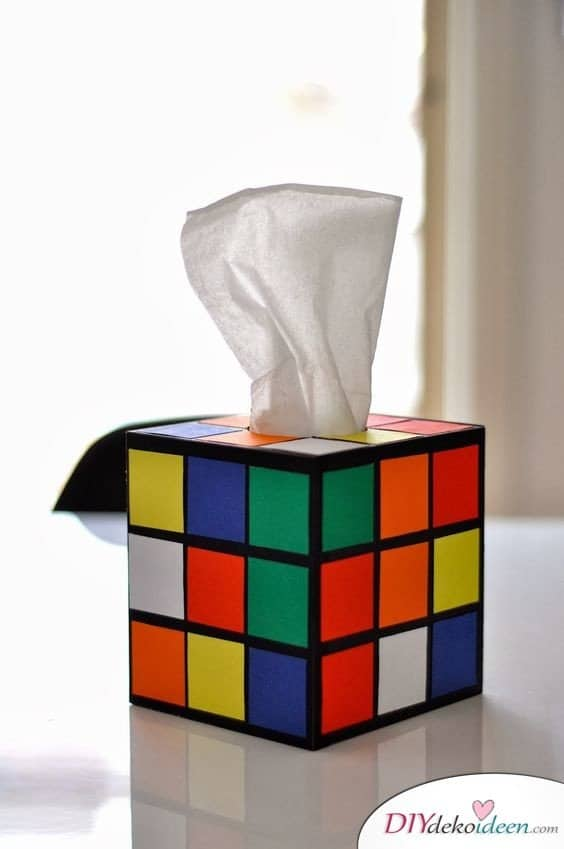 Günstige Geschenkideen - DIY Zauberwürfel-Taschentuchbox