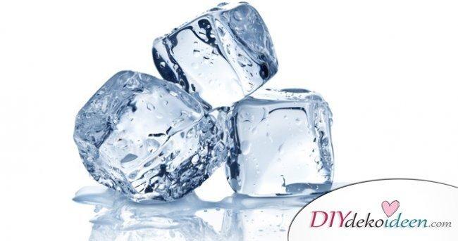 Hausmittel gegen Zahnschmerzen - Eiswürfel