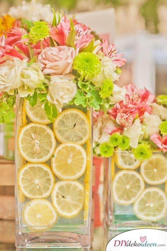 Tischdeko mit Zitronen - Erfrischende DIY Dekoideen
