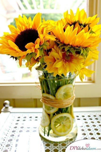 Tischdeko mit Zitronen - DIY Sommertisch Dekoideen
