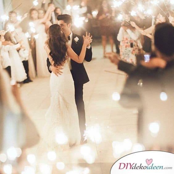 Wunderkerzen zur Hochzeit - Hochzeitsplanung Ideen