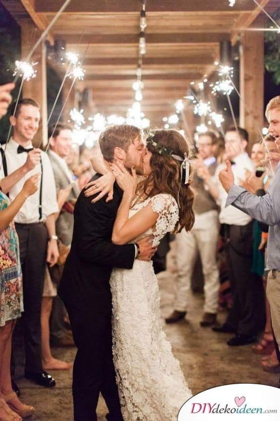 Wunderkerzen zur Hochzeit - kreative Hochzeitsbilder