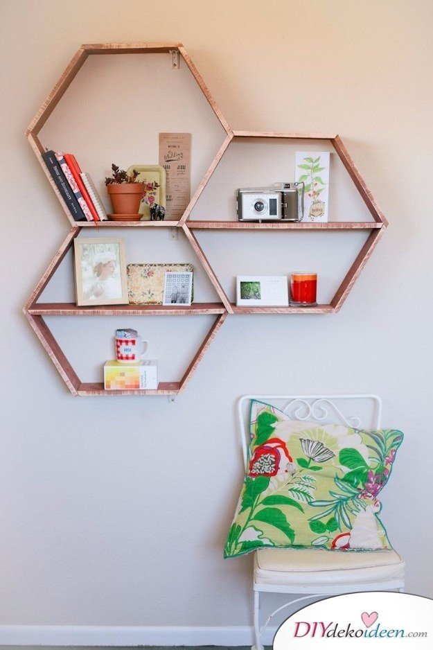 15+ DIY Bürodeko Ideen - DIY Regal modern