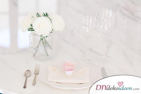 20 + DIY Bastelideen zur Hochzeit - Servietten falten Hochzeit