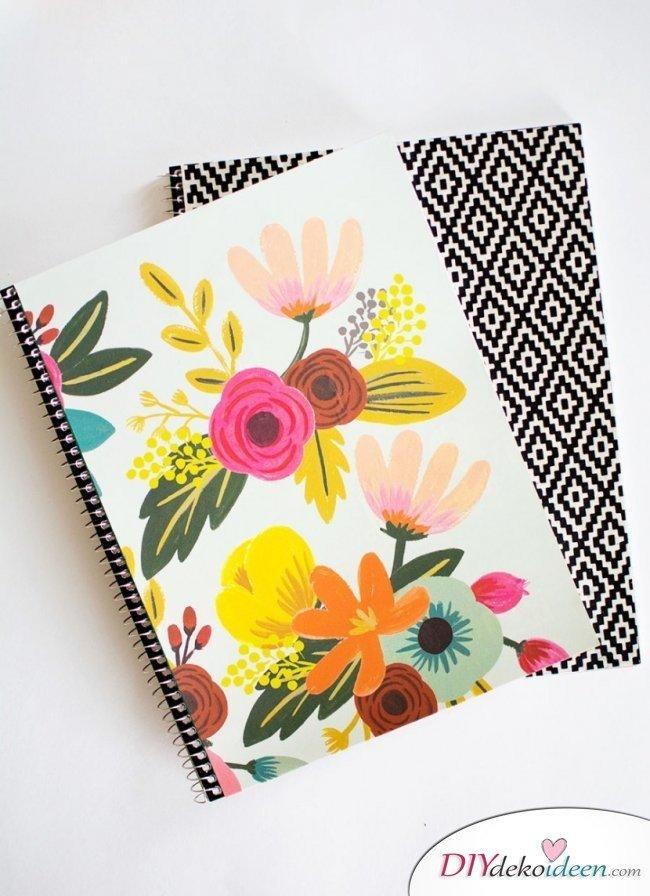 DIY Schulsachen selber basteln - Notizbücher mit Blumenmuster