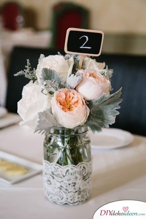 Hochzeitsdeko mit Einmachgläsern - Tischdekoideen