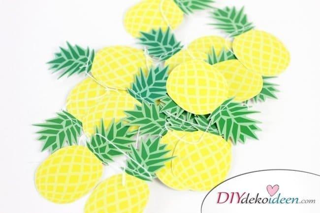 30 Sommerparty Deko Ideen - DIY Ananas Girlande
