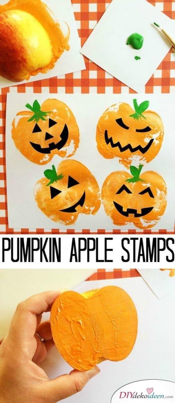 15 Halloween Bastelideen + Anleitungen - Kürbis-Stempel aus Äpfeln
