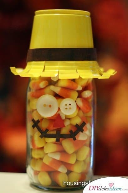 Gruselige Halloween Einmachgläser basteln - DIY Halloween Deko Idee