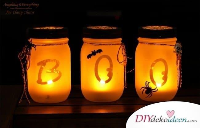 Gruselige Halloween Einmachgläser basteln - DIY Bastelideen Einmachglas