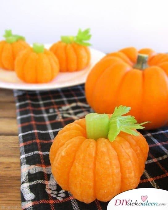 Halloween Snack Rezepte für Kinder - Mandarinen-Kürbisse