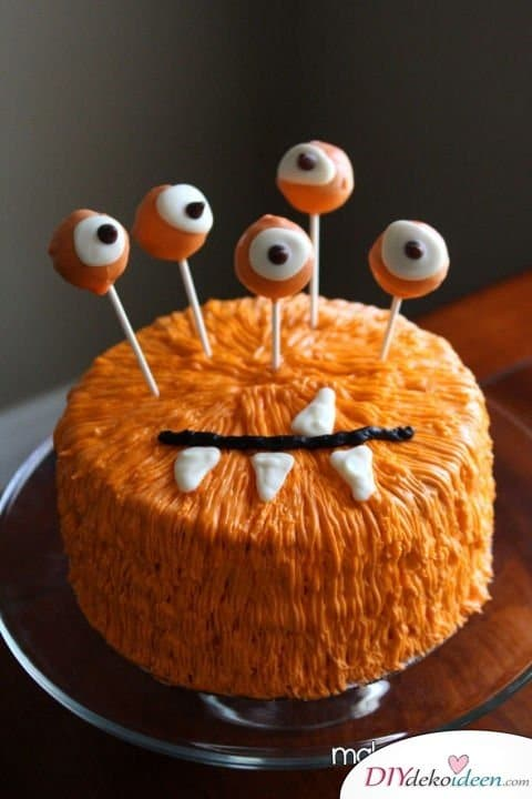 Halloween Snack Rezepte - Monster-Torte