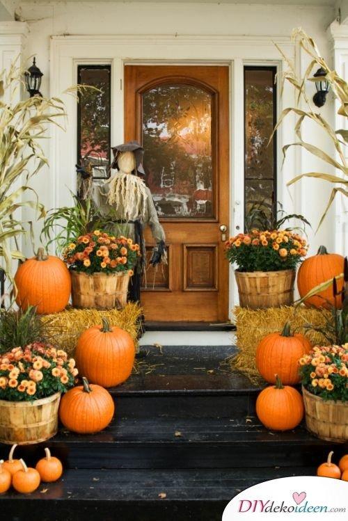 DIY Dekoideen - Halloween Veranda Deko - dekorieren Kürbis