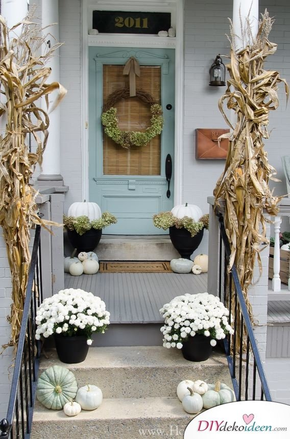 DIY Dekoideen - Halloween Veranda Deko - Herbstdeko