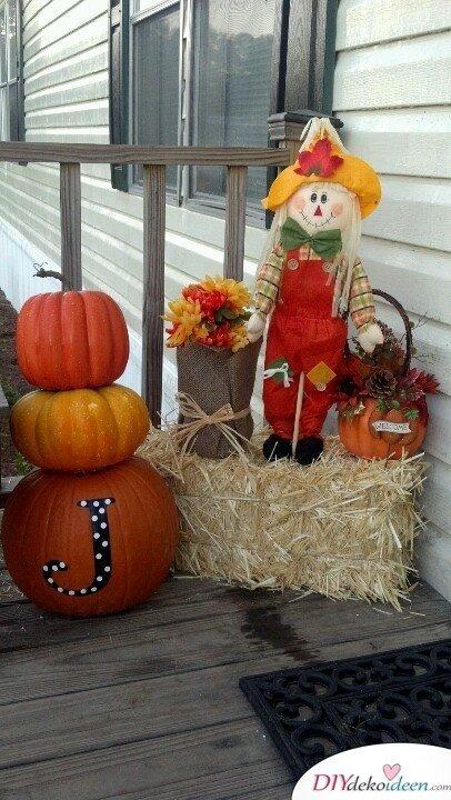DIY Dekoideen - Halloween Veranda Deko - Kürbisdekoideen