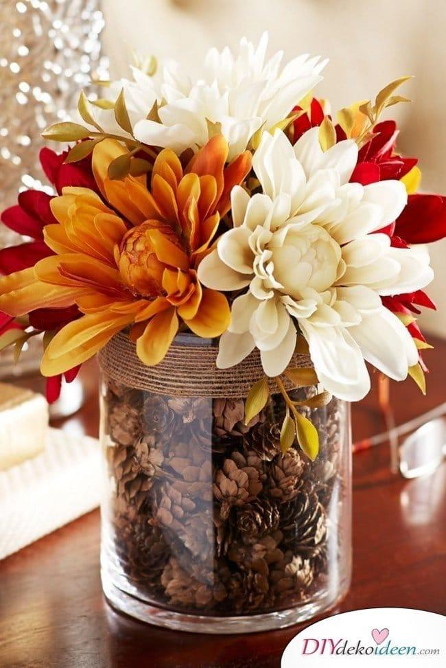 15 Herbst Tischdeko Ideen zum selber machen - Blumendeko Herbst