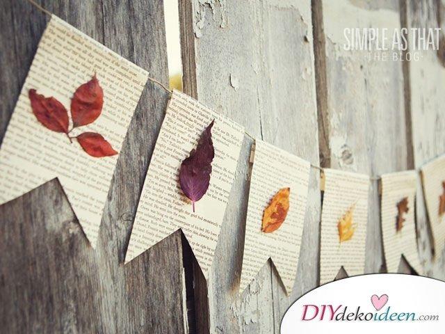 Herbstdeko basteln mit Blättern - Girlande