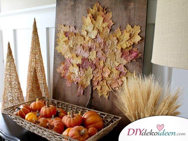 Herbstdeko basteln mit Blättern - Blatt-Wandbild