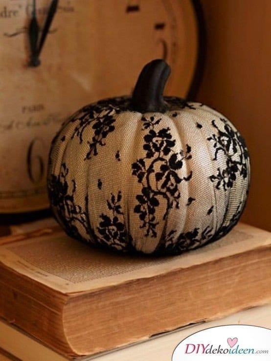 Herbstdeko basteln -DIY Bastelideen - Spitzen-Kürbis