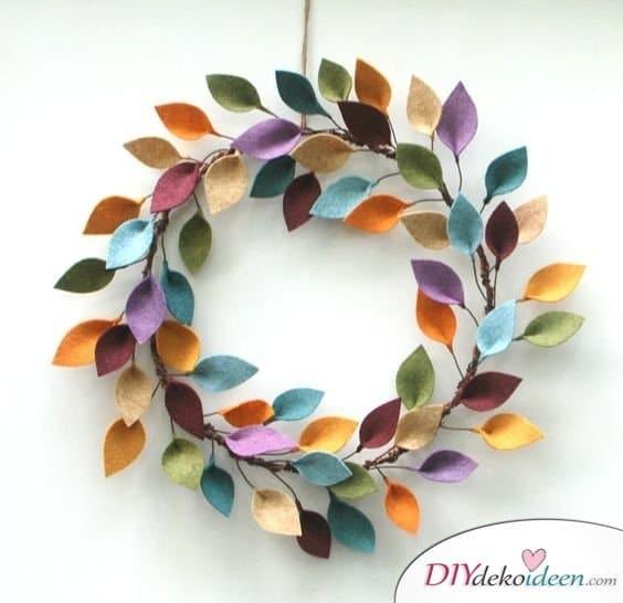 Herbstdeko basteln -DIY Bastelideen - Türkranz basteln
