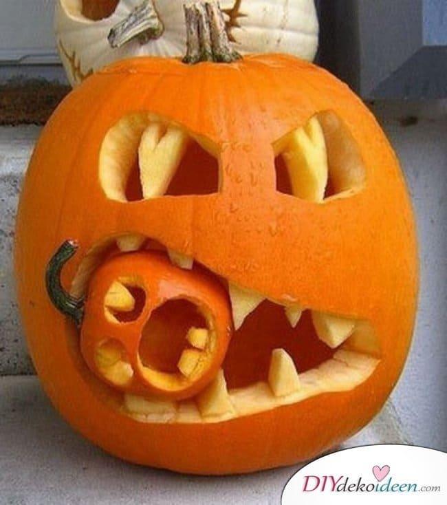 Anleitungen zum Kürbis schnitzen - gruselig Halloweenkürbis schnitzen