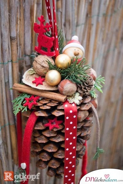 Christmas Decorations with Pine Cones - DIY Craft Ideas - Winter Decorations Ideas