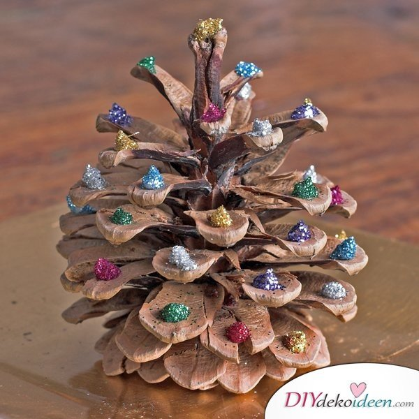 Weihnachtsdeko basteln mit tannenzapfen wundervolle diy bastelideen - Adventsdeko ideen ...