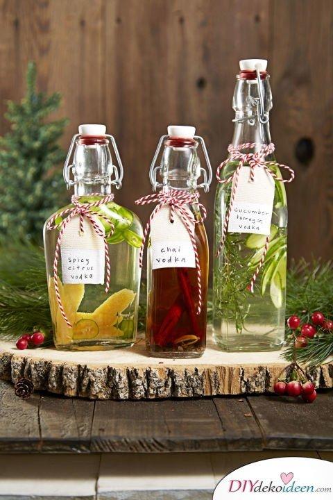 Bastelideen für DIY Weihnachtsgeschenke - Weihnachten Geschenke basteln - Spirituosen verschenken