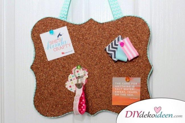 Die schönsten Ideen für günstige DIY Weihnachtsgeschenke -DIY Pinwand