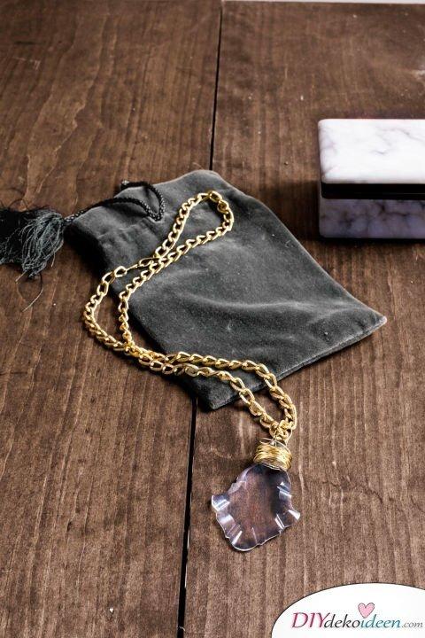 DIY Weihnachtsgeschenke - 15 Ideen und Anleitungen - DIY Halskette- Geschenke basteln