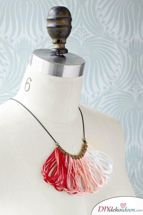 DIY Weihnachtsgeschenke - 15 Ideen und Anleitungen - Halskette - Geschenke basteln