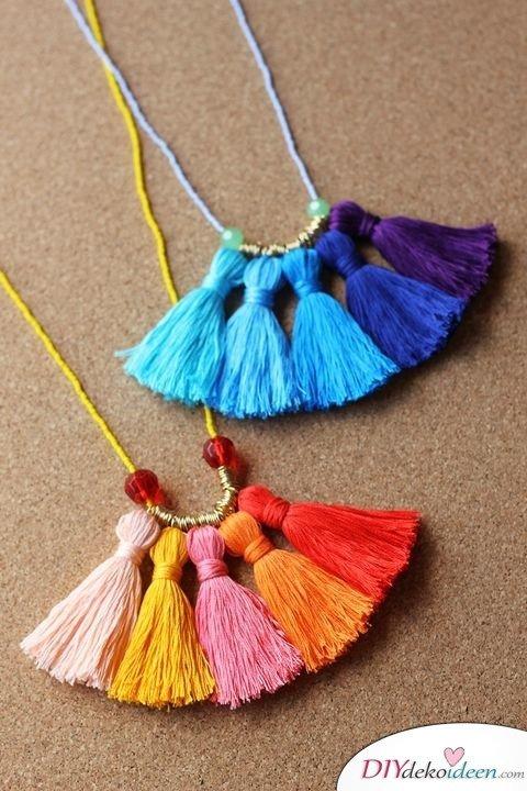 Persönliche DIY Weihnachtsgeschenke für deine Lieben - 15 DIY Bastelideen - Halskette basteln Weihnachten