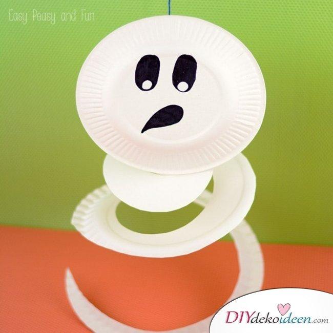 Halloween Bastelideen für Kinder - DIY Bastelideen - basteln mit Kleinkindern