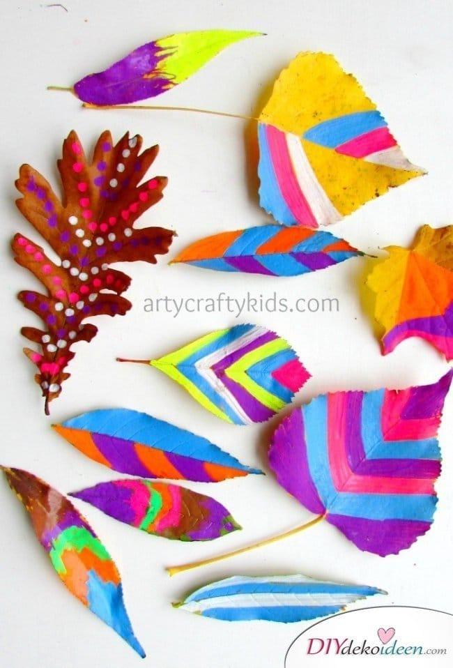 Herbstbasteln für Kinder - Leichte DIY Bastelideen - basteln mit Blättern Herbst