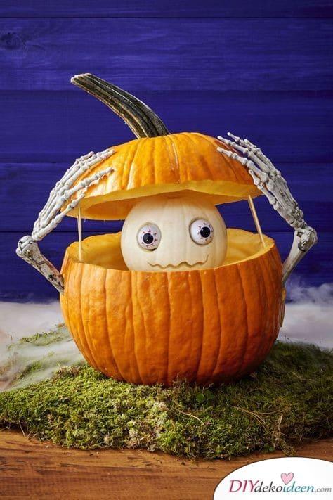 Kürbis schnitzen - Ideen zu Halloween - Dekoideen