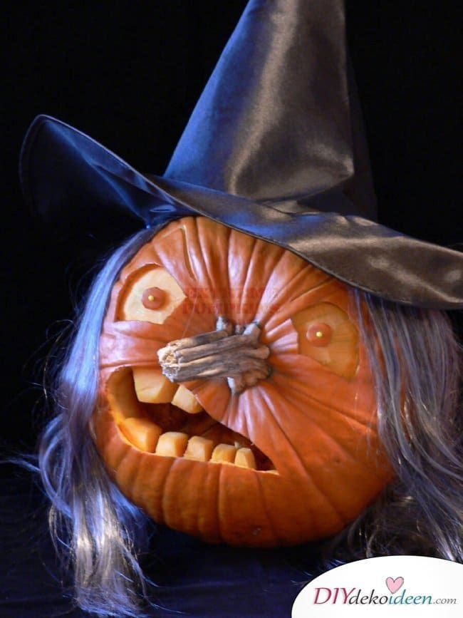 Kürbis schnitzen - Halloweenkürbisse schnitzen - Halloween Kürbislaternen Ideen