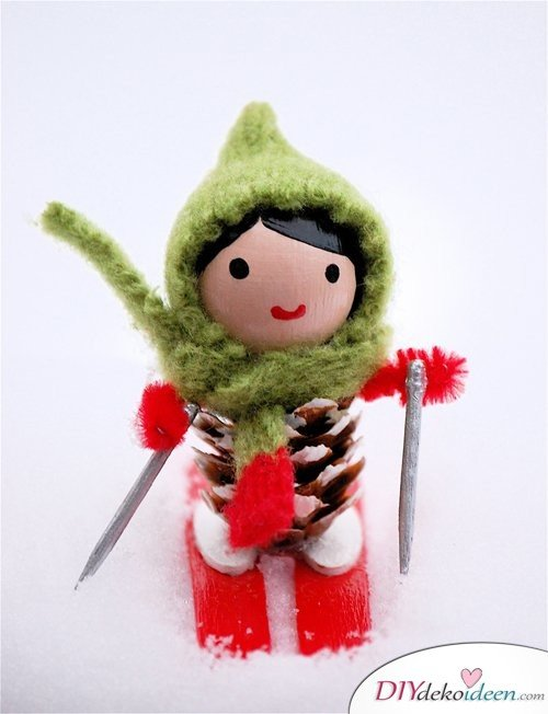Basteln mit Tannenzapfen - 15 Ideen für Kinder - Bastelideen Weihnachten