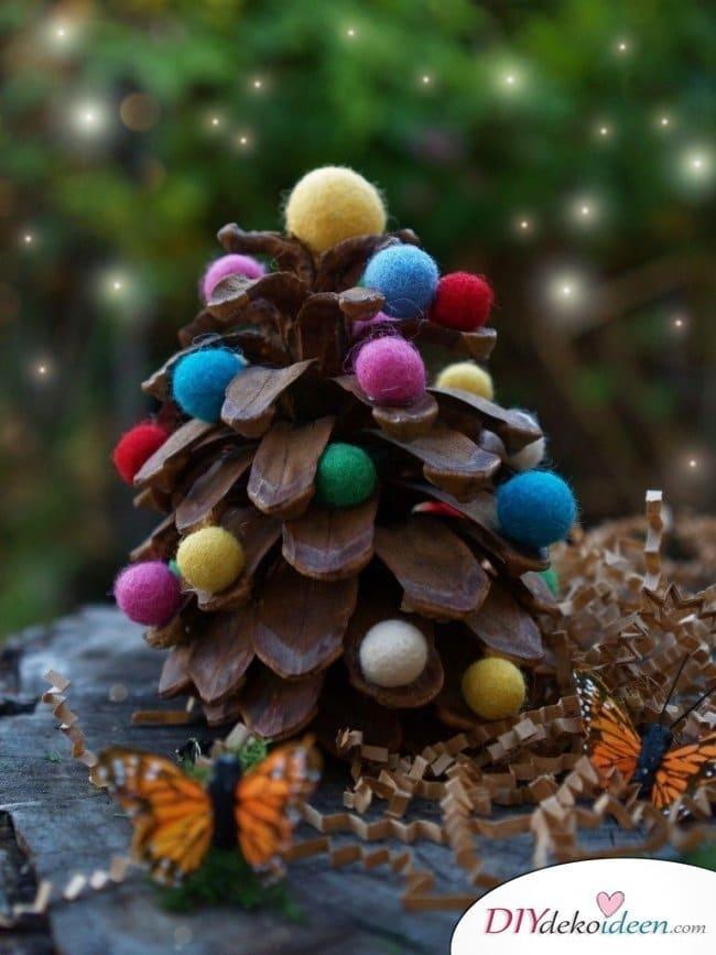 Basteln mit Tannenzapfen - 15 Ideen für Kinder - DIY Bastelidee Weihnachtsbasteln mit Kindern Tannenbaumschmuck basteln