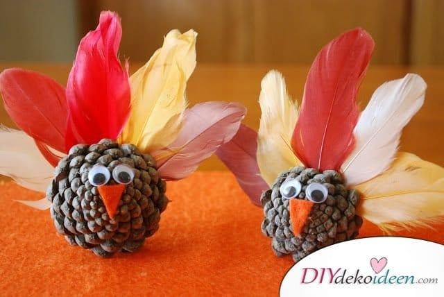 Basteln mit Tannenzapfen - 15 Ideen für Kinder - DIY Bastelidee für Kinder- Vögel basteln