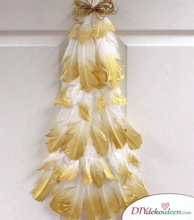 Weihnachtsbasteln mit Kindern - 15+ DIY Bastelideen - DIY Bastelideen - Weihnachtsdeko basteln - basteln mit Federn