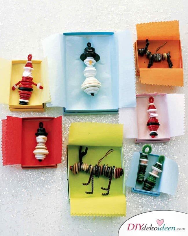 Weihnachtsbasteln mit Kindern - 15 Ideen - basteln mit Kindern - basteln mit Knöpfen - Weihnachten Geschenkidee