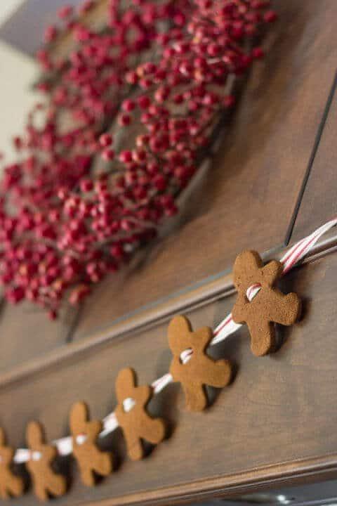 15 Ideen für DIY Weihnachtsdekoration - Weihnachten Dekoideen - Weihnachtsdeko - dekorieren - Lebkuchen Girlande