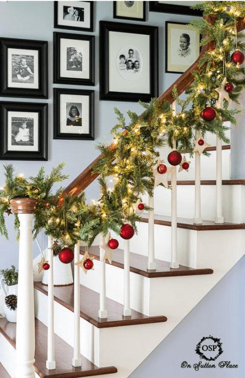 15 Ideen für DIY Weihnachtsdekoration - Weihnachten Dekoideen - Weihnachtsdeko - dekorieren Treppe