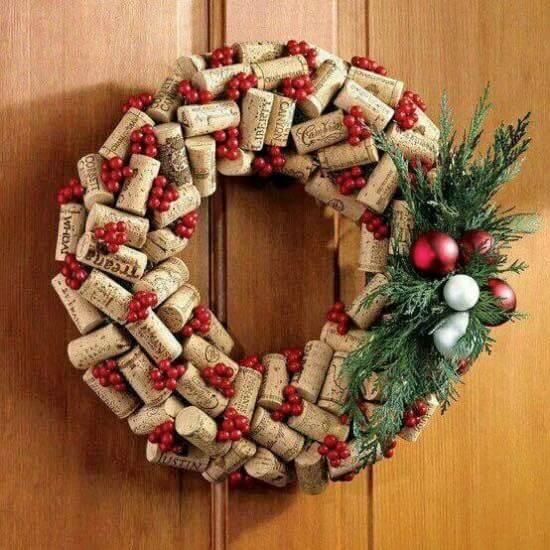 Weihnachtskranz basteln - 20 Ideen zum selbermachen - Weihnachten 2017 - basteln mit Korken - Türkranz basteln