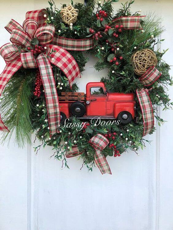 Weihnachtskranz basteln - 20 Ideen - Weihnachten 2017 - basteln für Weihnachten - DIY Dekoideen Weihnachten - Türkranz selber basteln - DIY Weihnachtsdeko