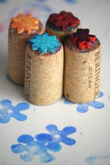 Babyspielzeug basteln -10+ süße DIY Bastelideen zum Selbermachen - für Baby basteln - Babys - Kleinkinder - Stempel basteln