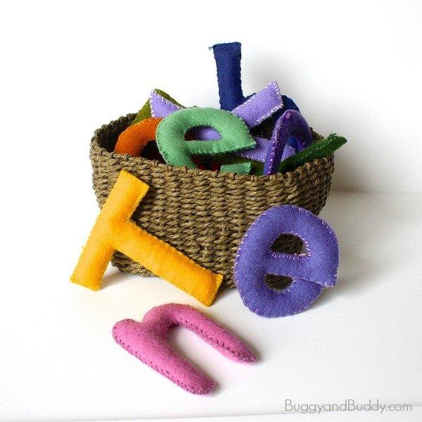 Babyspielzeug basteln -10+ süße DIY Bastelideen zum Selbermachen - Baby Spielzeug basteln - Babys - Kleinkinder - basteln mit Filz